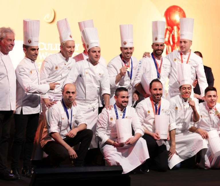 Baplin Uniformes viste a la Selección Española de Cocina